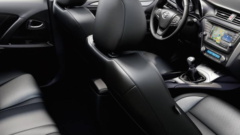 Avensis - 9